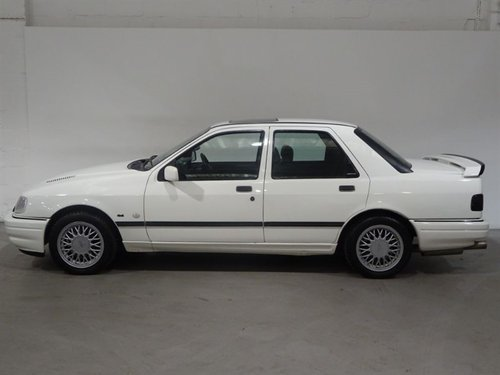 1992 FORD SIERRA SAPPHIRE COSWORTH 4X4 For Sale (picture 2 of 6)