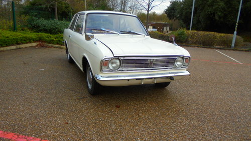 1967 MK2 FORD CORTINA DE LUXE For Sale (picture 1 of 6)