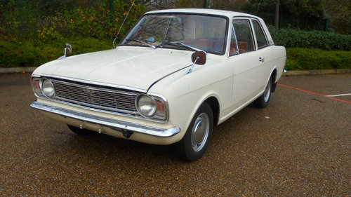 1967 MK2 FORD CORTINA DE LUXE For Sale (picture 2 of 6)