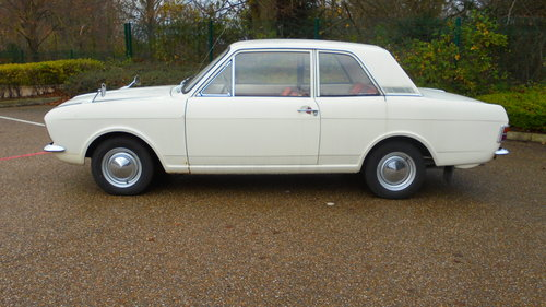 1967 MK2 FORD CORTINA DE LUXE For Sale (picture 3 of 6)