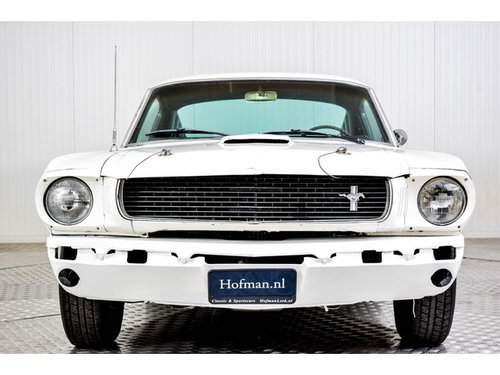 1966 Ford Mustang Fastback V8 289 For Sale (picture 3 of 6)