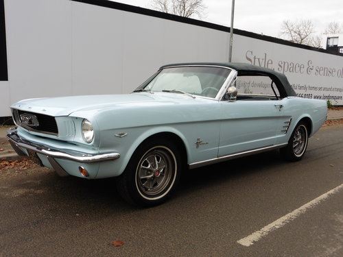 1966 Ford Mustang Conv. 289 V8 Power Hood GT Wheels Disc Brakes  For Sale (picture 3 of 6)