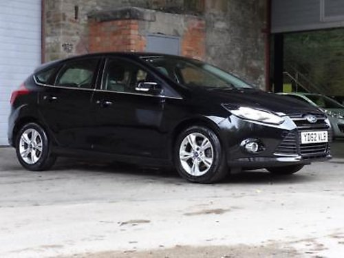 2012 Ford Focus 1.6 Ti-VCT Zetec 5DR For Sale (picture 1 of 6)