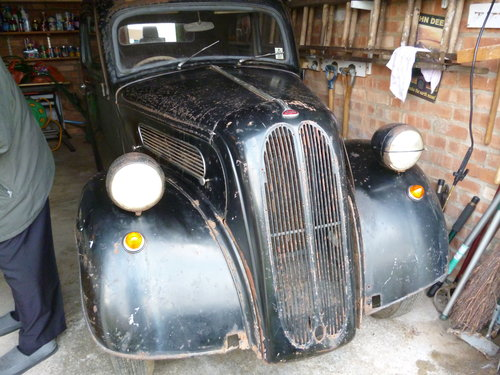 1953 UK registered but in France for sale For Sale (picture 2 of 3)