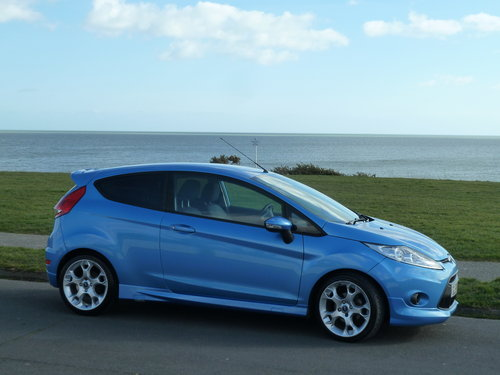 2009 FIESTA 1.6TDCi 90pS ZETEC S 3DR AIR CON £20 ROAD TAX For Sale (picture 1 of 6)