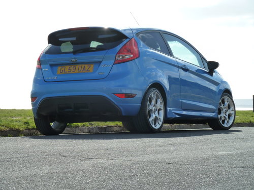 2009 FIESTA 1.6TDCi 90pS ZETEC S 3DR AIR CON £20 ROAD TAX For Sale (picture 3 of 6)