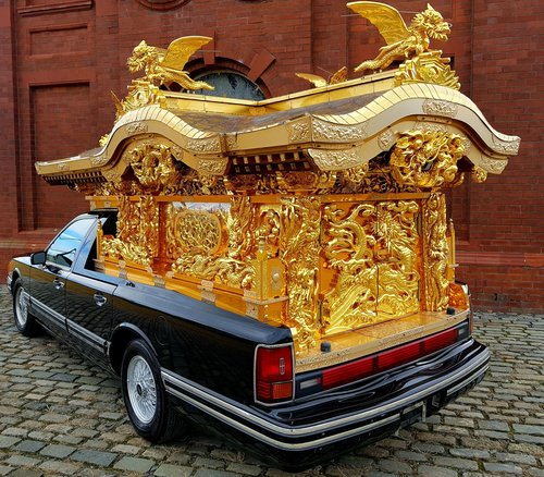 1992 FORD LINCOLN RARE ASIAN BUDDHA TEMPLE FUNERAL HEARSE CARVED  SOLD (picture 1 of 6)