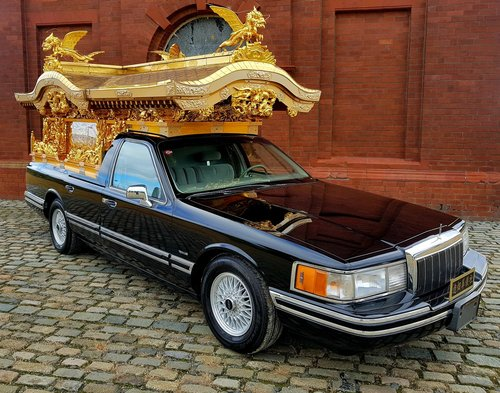 1992 FORD LINCOLN RARE ASIAN BUDDHA TEMPLE FUNERAL HEARSE CARVED  SOLD (picture 2 of 6)