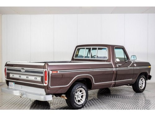1977 Ford F150 Pick-up V8 5.7 For Sale (picture 2 of 6)