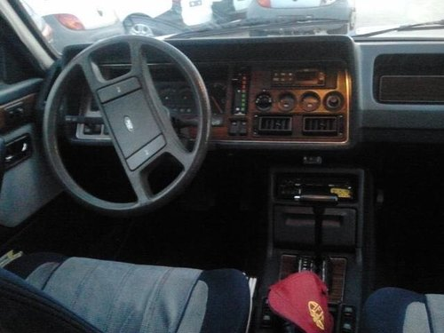 1984 Special high-spec Granada. Ex-Director Ford Italia For Sale (picture 4 of 6)