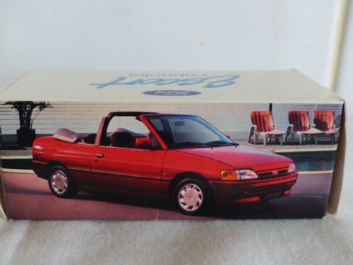 FORD ESCORT CABRIOLET-FORD DEALER ISSUE-1:43 For Sale (picture 1 of 6)