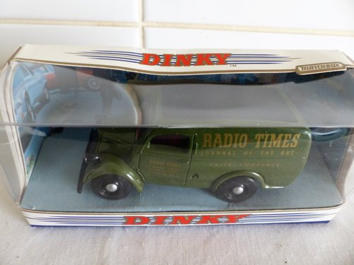 FORD E83W & COMMER 8CWT VAN-RADIO-HMV 1:43 SCALE For Sale (picture 4 of 6)