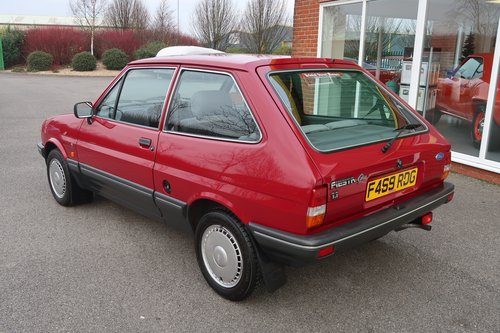 1989 Ford Fiesta Ghia Mk2 1.1 3dr with 7,000 miles only For Sale (picture 2 of 6)