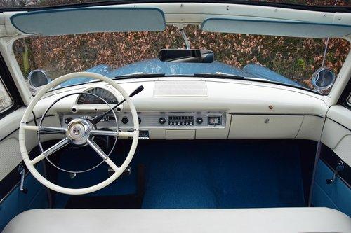 1954 Completely restored Ford Crestline Skyliner For Sale (picture 5 of 6)