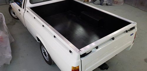 1991 STUNNING RESTORED FORD P100 PICK UP 1.8 TD For Sale (picture 1 of 6)
