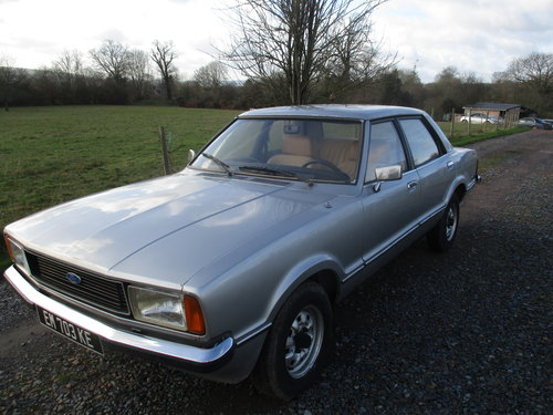 ford cortina taunus mk4 1.6GL 1977 For Sale (picture 2 of 6)