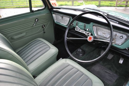 Ford Anglia 105e Deluxe 1960 Classic Car SOLD (picture 3 of 6)
