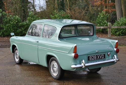 Ford Anglia 105e Deluxe 1960 Classic Car SOLD (picture 5 of 6)