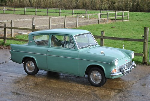 Ford Anglia 105e Deluxe 1960 Classic Car SOLD (picture 6 of 6)