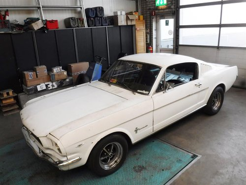 1966 Ford Mustang Fastback with new floors For Sale (picture 1 of 6)