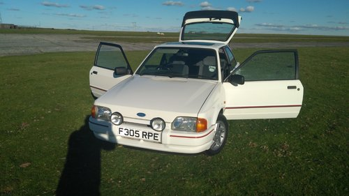 1988 Ford Escort XR3i 1989 MK4 Long MOT White SOLD (picture 1 of 6)