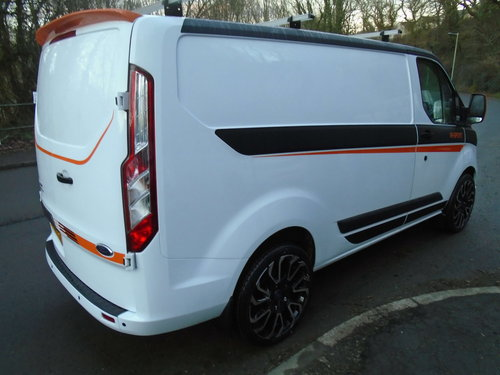 2015 FORD TRANSIT CUSTOM 2.2TDCI 100 SWB M SPORT STYLING For Sale (picture 4 of 6)
