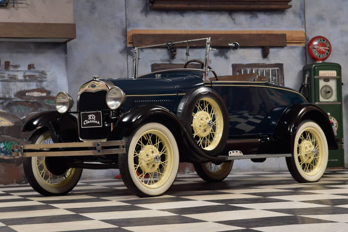 1928 Ford Model A Deluxe Roadster For Sale (picture 1 of 6)