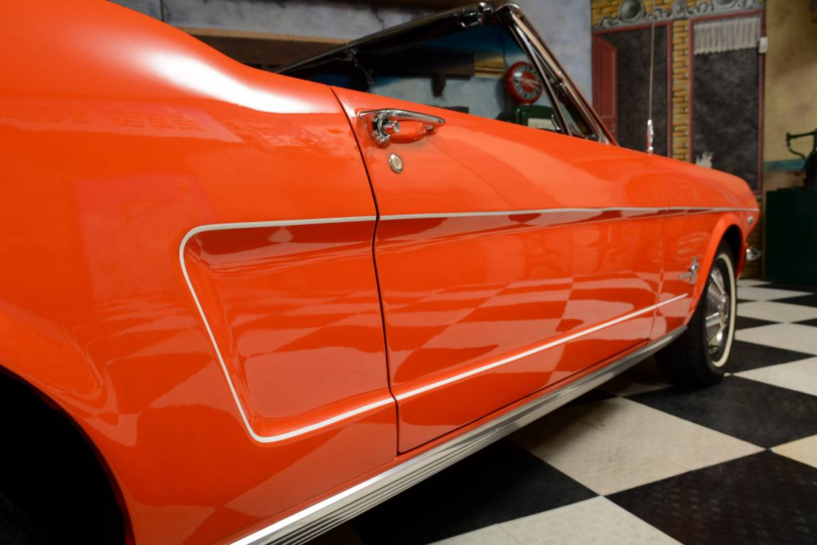 1965 Ford Mustang Convertible For Sale (picture 4 of 6)