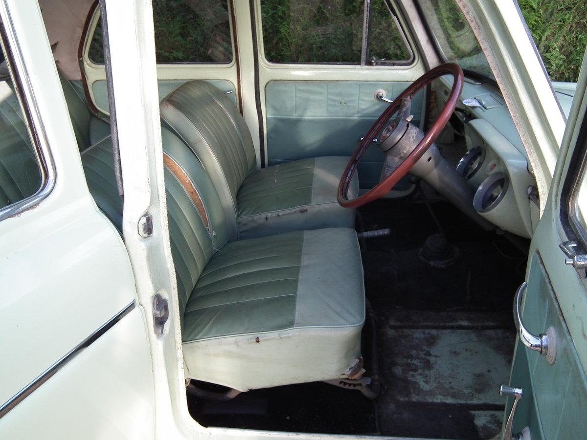 1961 Ford Prefect 107e SOLD (picture 3 of 6)