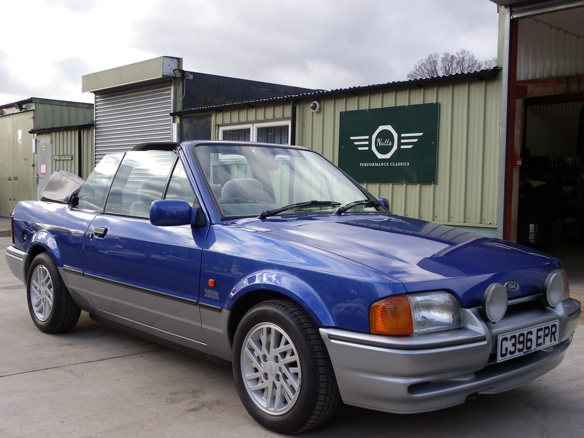 1990 Ford Escort XR3i Convertible, Beautiful unmolested car SOLD (picture 1 of 6)