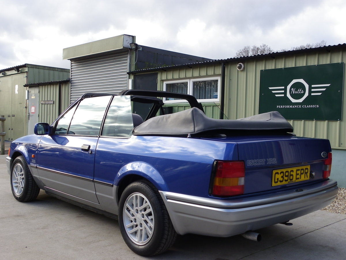 1990 Ford Escort XR3i Convertible, Beautiful unmolested car SOLD (picture 3 of 6)