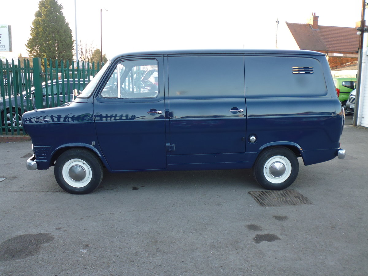 1973 Ford Transit Custom Owned By Jools Holland For Sale (picture 2 of 6)