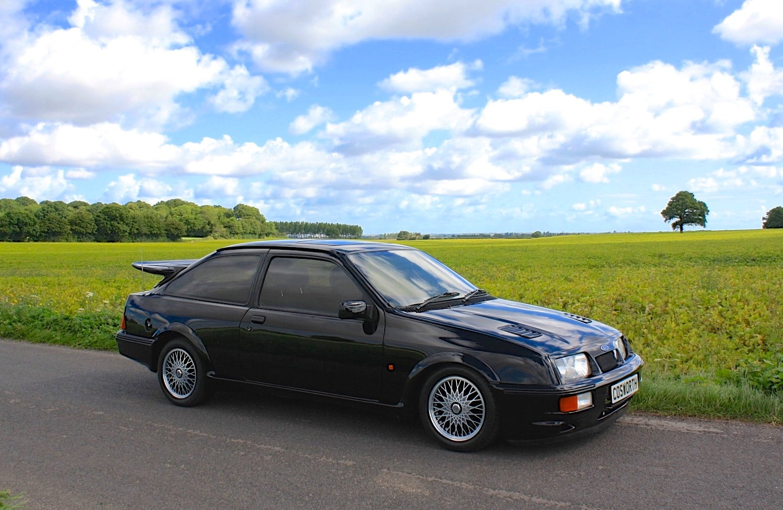 Ford Sierra RS Cosworth 1987.  Stunning Example Throughout. For Sale (picture 1 of 6)