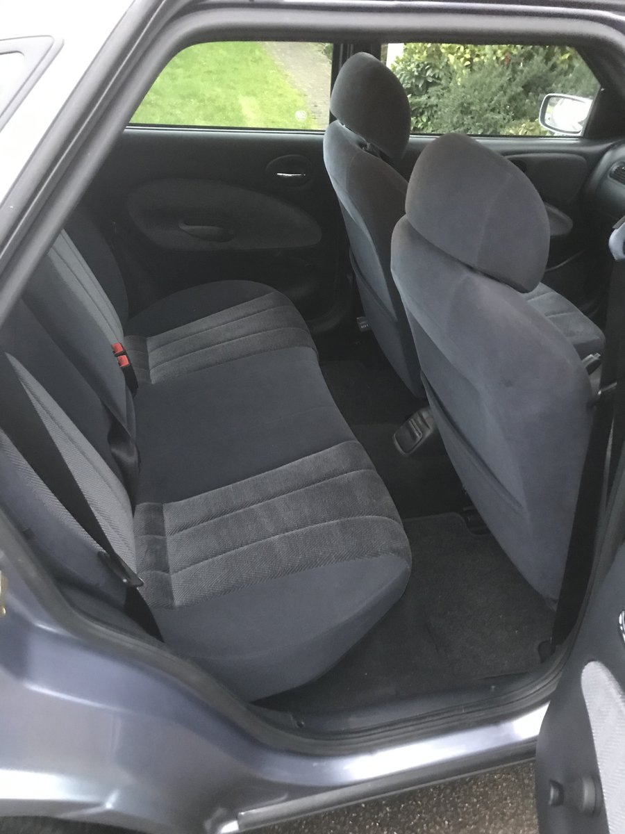 1998 Classic Ford Escort 1.8 Ghia For Sale (picture 5 of 6)