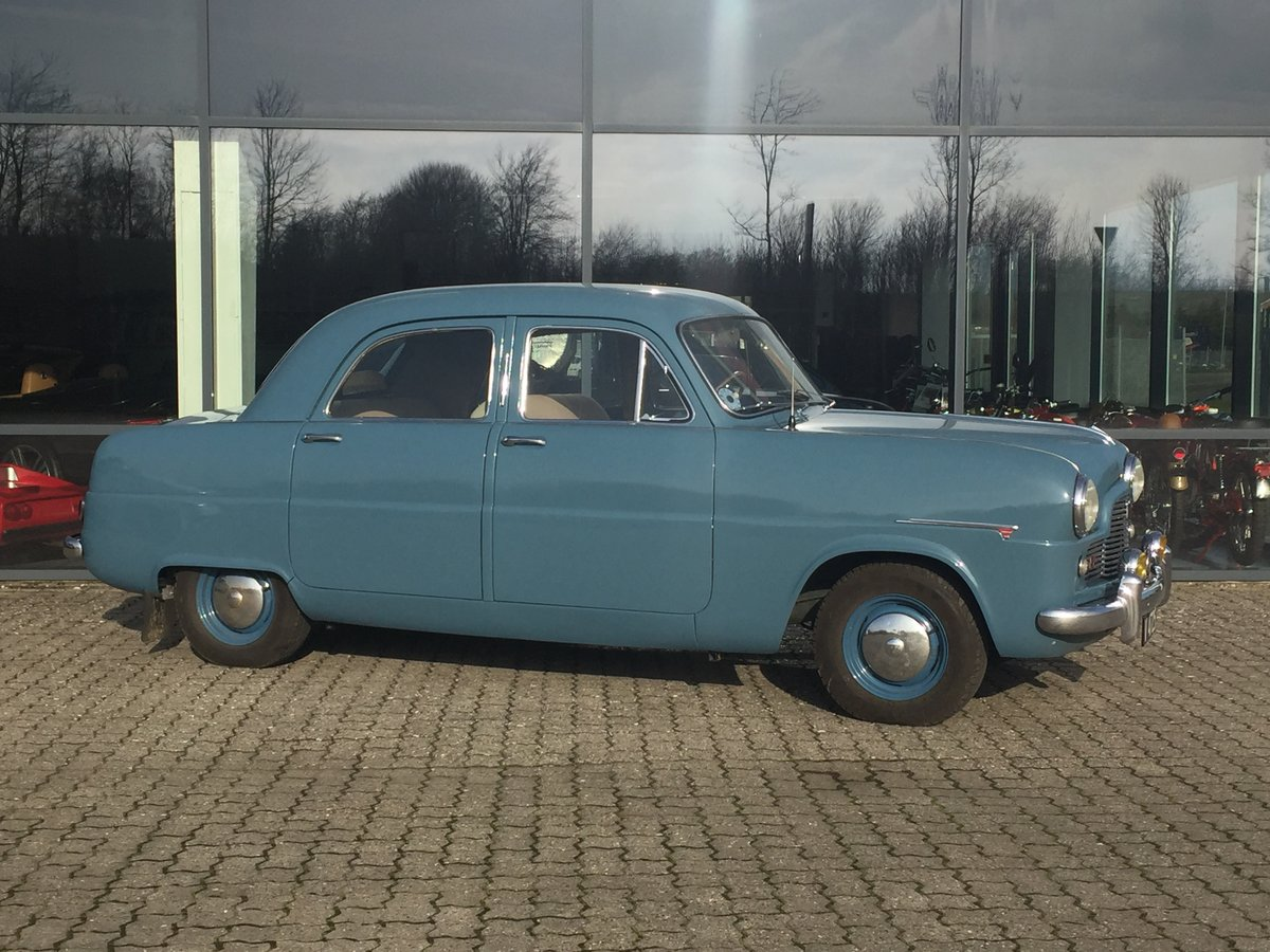 1953 Ford Zephyr 2,3 Six Saloon ONLY 48.0000 km For Sale (picture 1 of 6)
