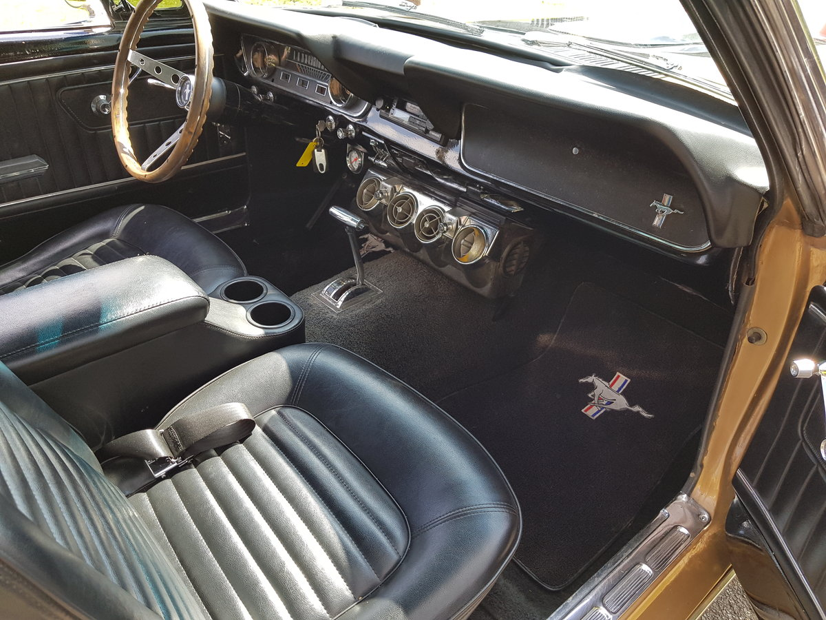 1965 Mustang Fastback, 302 Automatic  For Sale (picture 5 of 6)