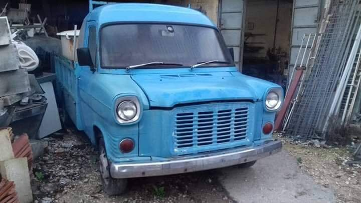 FORD TRANSIT RARE CLASSIC BARN FIND 1972 FORD TRANSIT MK1 PI For Sale (picture 2 of 5)