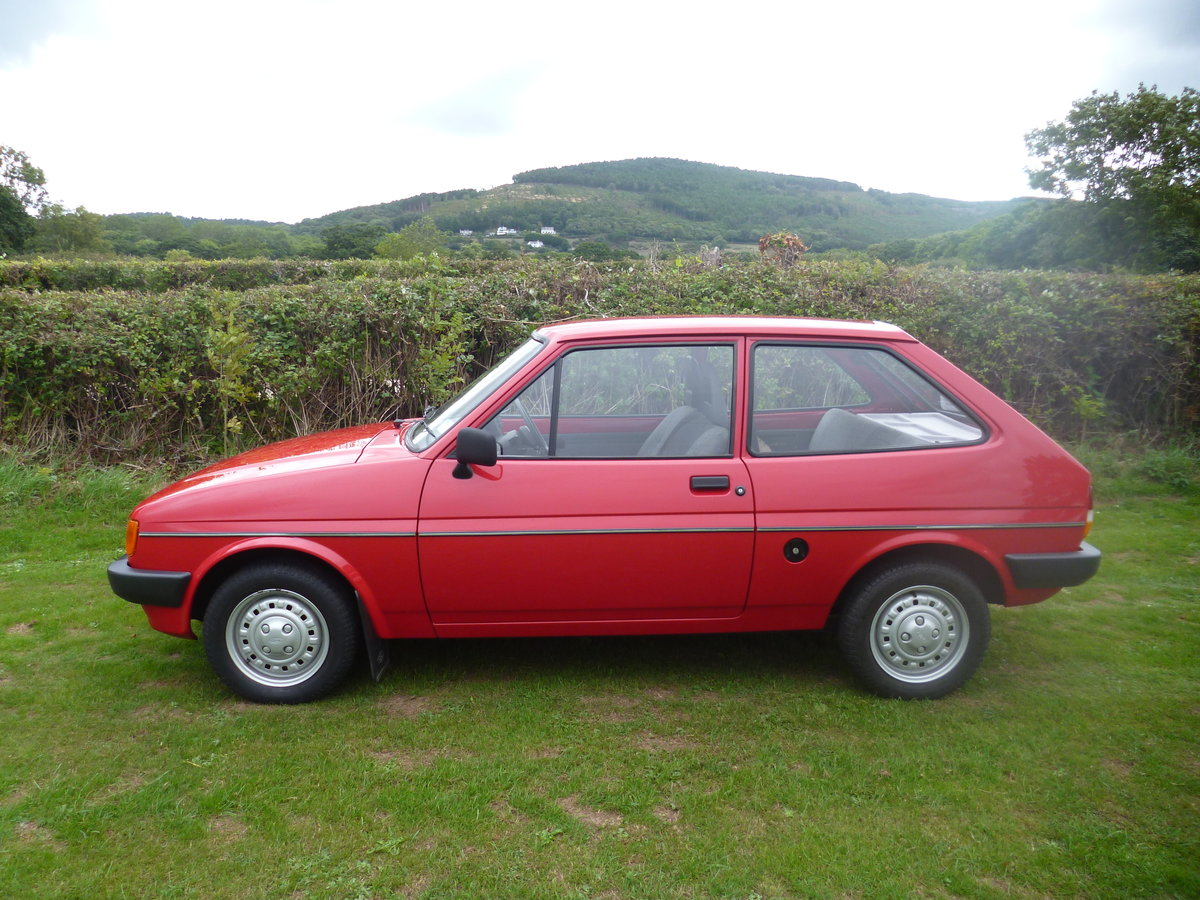1985 ford fiesta popular plus 1.6 diesel For Sale (picture 1 of 3)