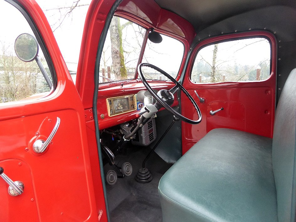 1946 Ford Tow Truck = Full Rested Red Rare Find $25.5k For Sale (picture 4 of 6)