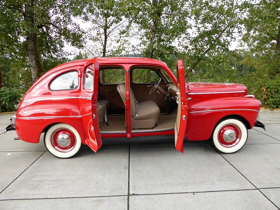 1941 Ford Super Deluxe Restored(~)Tan driver $22.5k For Sale (picture 1 of 6)