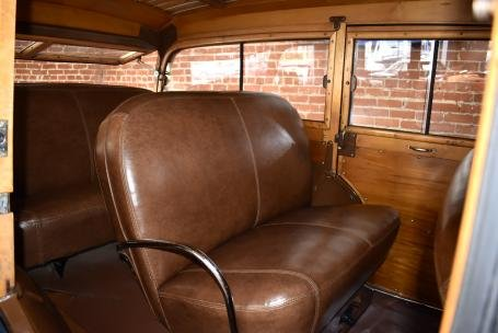 1941 Ford DeLuxe Woodie Wagon = Blue(~)Brown $79.5k For Sale (picture 4 of 6)