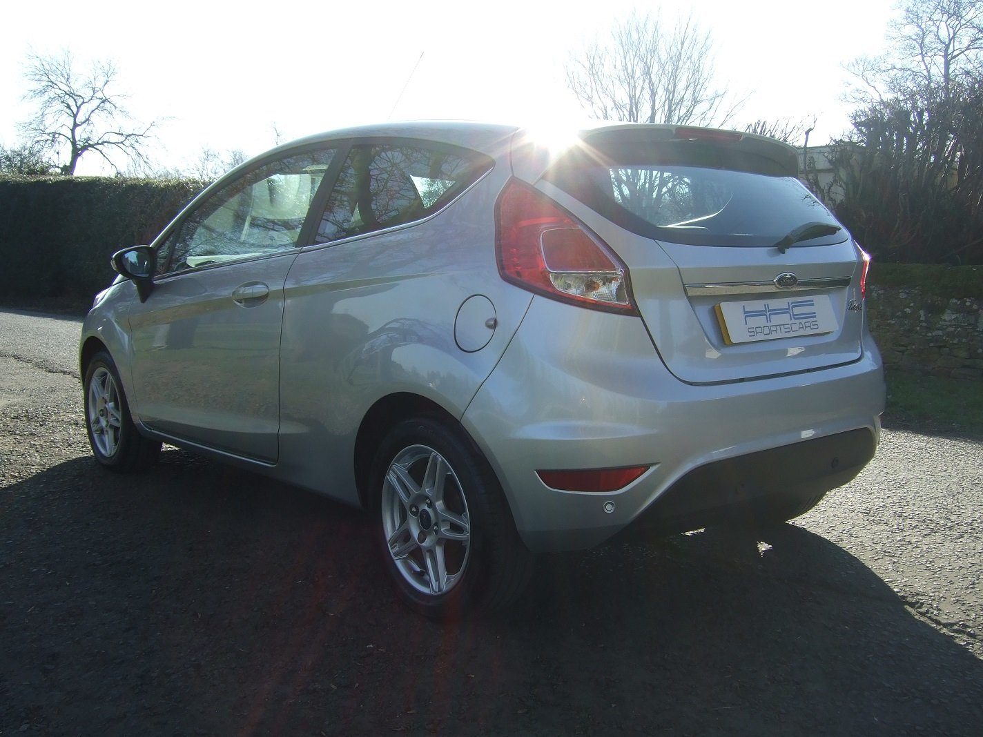 2013 Automatic for the People? Fiesta Zetec 1.6 Auto SOLD (picture 3 of 6)