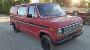 1986 Ford Econoline Straight 6 Petrol manual gearbox.  For Sale