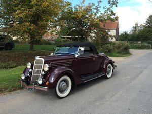 1935 Beautiful Ford V8 Roadster Deluxe