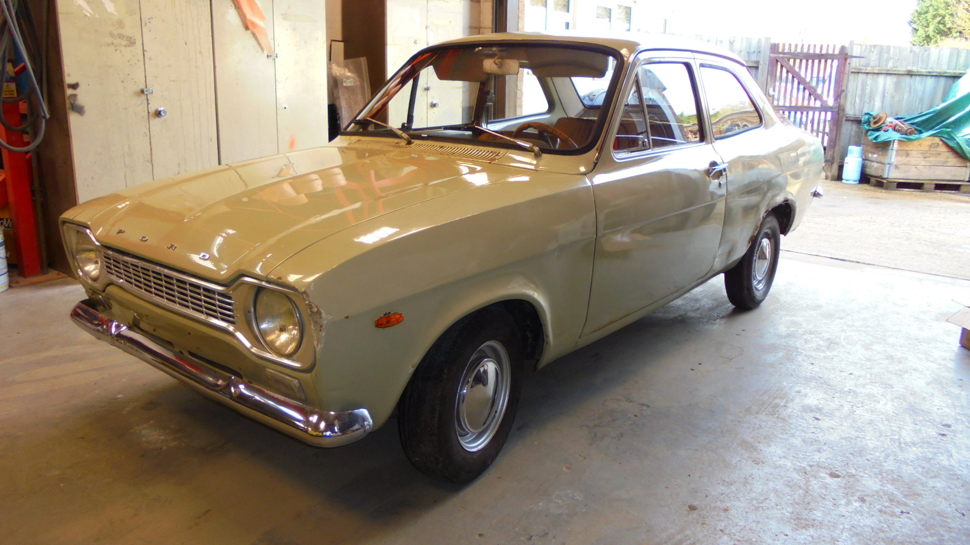 1970 FORD ESCORT MK1 2 DOOR  SOLD (picture 2 of 6)