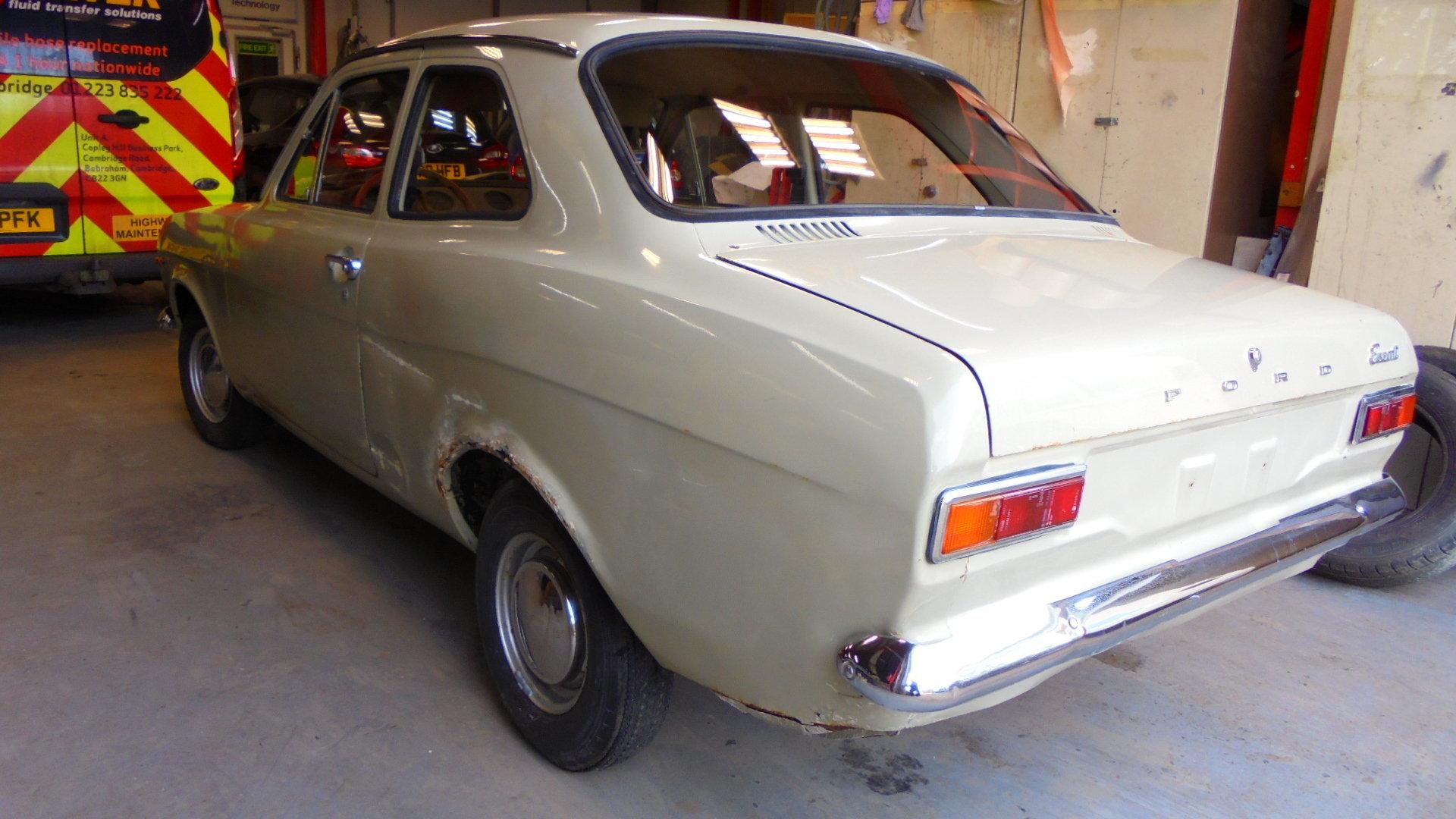 1970 FORD ESCORT MK1 2 DOOR  SOLD (picture 3 of 6)