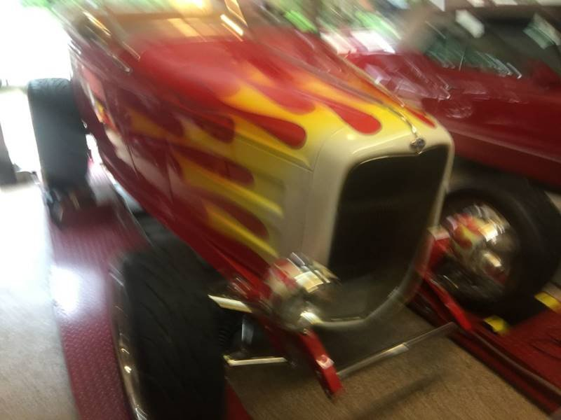 1932 Ford Highboy Hot Rod = Custom $150k spent $58.5k For Sale (picture 1 of 6)