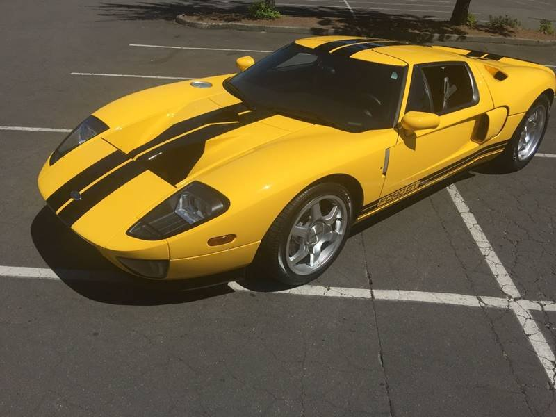 2005 Ford GT = clean Yellow(~)Black low 1.4k miles $350k For Sale (picture 2 of 6)