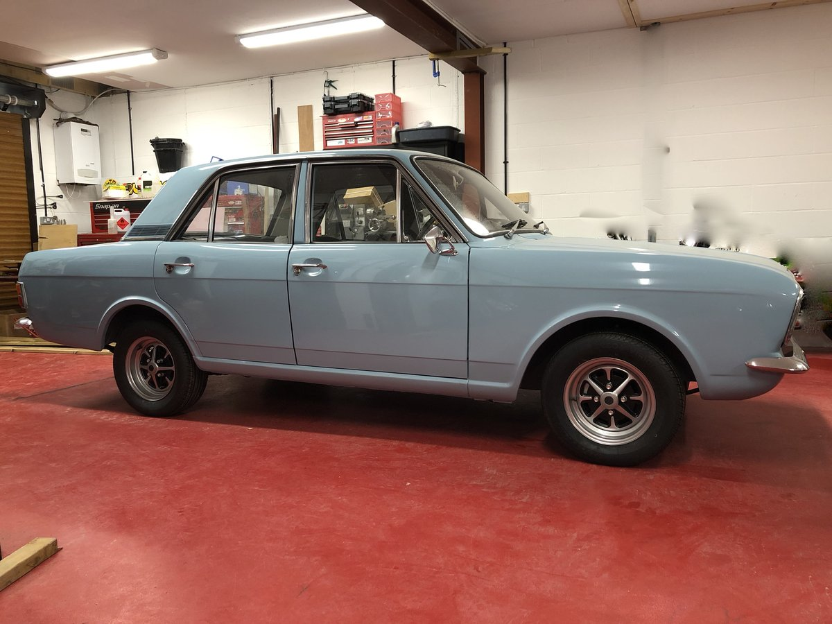 1969 FORD CORTINA MK2 REGD AS 2.0 GT PINTO SA CAR NEVER WELDED! For Sale (picture 1 of 6)