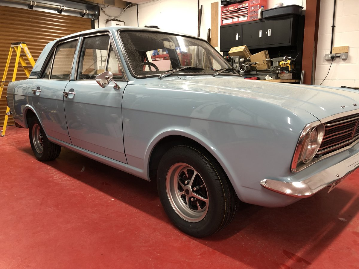 1969 FORD CORTINA MK2 REGD AS 2.0 GT PINTO SA CAR NEVER WELDED! For Sale (picture 3 of 6)